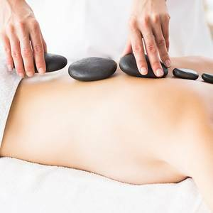 Hot-Stone-Massage - Injoy Jessen Gutschein-Shop